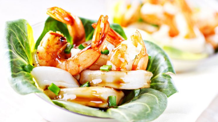 Grilled MUMBO® Shrimp Lettuce Wraps