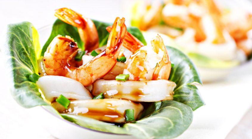 Grilled MUMBO® Shrimp Lettuce Wraps